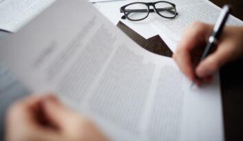 Czy agent ma obowiązek identyfikacji Klienta przy zawarciu ubezpieczenia?